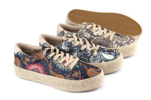2016 New Style Vulcanized Women Canvas Shoes (SNC-280031) pictures & photos