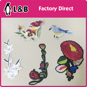 Iron on Fashion Colored Butterfly Patch pictures & photos