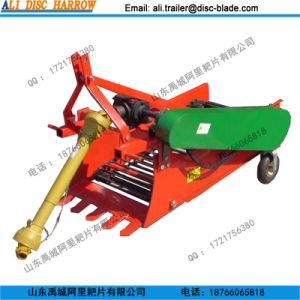 Tractor Mounted Potato Harvester Potato Digger with Chain Cover pictures & photos