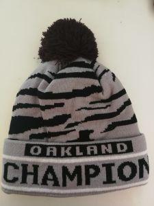 816ada769 USA Football Team Oakland Warm Winter Fashion Cap Hip-Hop Knit Beanie Hats  Women′