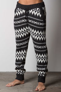 Men′s Fashioned Sweater Knit Pant with Wooden Cord Stoppers