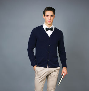 Men′s Fashion Cashmere Blend Sweater 17brpv095 pictures & photos