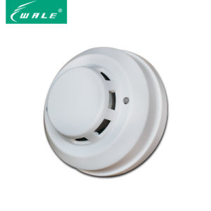Wired Conventional Photoelectric Smoke Detector pictures & photos