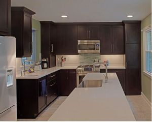 Modern Luxury Solid Wood Kitchen Set pictures & photos