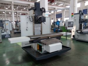 High Speed CNC Milling Machine (XKW715) pictures & photos
