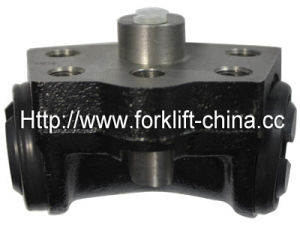 Forklift Parts Brake Slave Cylinder for Toyota 1dz-5f