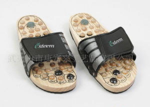 a8fc60e2649 China Spring Acupuncture Wooden Foot Massage Slipper (A012) - China foot  massage slipper