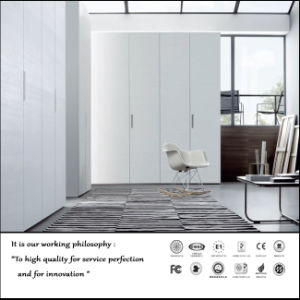 White UV High Glossy Swing Door Wardrobe (FY897) pictures & photos