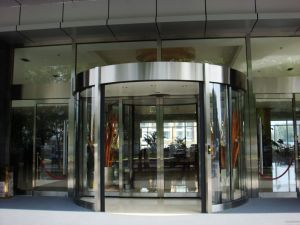 Two Wing Automatic Revolving Door pictures & photos