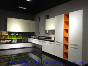 White Laminate Kitchen Cabinets (factory directly) pictures & photos