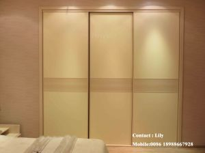 Classical Style Sliding Door Wardrobe (ZH056) pictures & photos