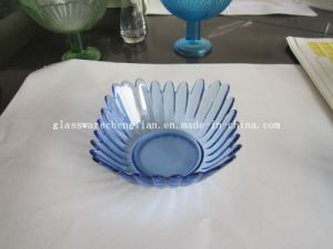Solid Color Flower-Shape Glass Plate (P-07) pictures & photos