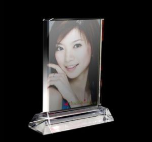 New Design Oval Crystal Gift for Home Decoration Crystal Photo Frame (JD-XK-014) pictures & photos