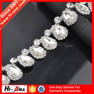 Specialized in Accessories Since 2001 Top Quality Chain Crystal Rhinestone pictures & photos