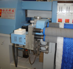 Yuxing Industrial Computerized Quilting and Embroidery Machine for Quilts, Garments, Bags pictures & photos