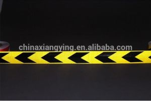 5cmx 25m Truck Arrow Warning Reflective Stickers Vehicle Conspicuity Adhesive Tape pictures & photos