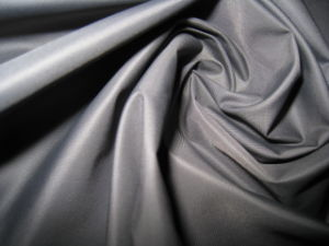 350t Small Grip Polyester Taffta Fabric with Oil Cire Finish for Down Jackets pictures & photos