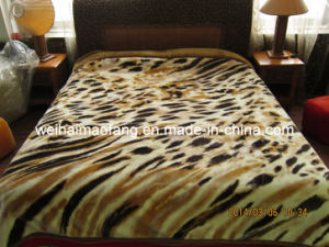 Korean Printing Knitted Raschel Mink Acrylic Blanket pictures & photos