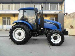 Hot Sale Th1304 Tractor with Ce (130HP, 4WD)