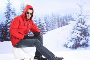 Safe Ski Jacket with Battery Heating Function Can Last for 4-8hours