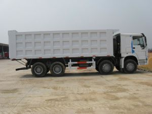 Sinotruk HOWO 8X4 Dump Truck pictures & photos