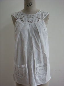 Ladies Cotton Cut-Out Embroidery Top (1L35512)