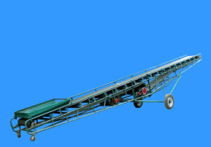 Mobile Inclined Belt Conveyor with Wheels pictures & photos