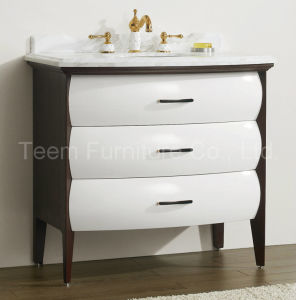 Classic Solid Wood Bathroom Cabinet for Bathroom pictures & photos