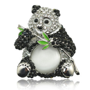 Fashion 2016 Style New Arrival Lovely Panda Brooch pictures & photos