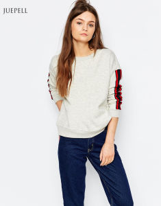 Strip Sleeve Fleece Cropped Fashion Sweatshirt pictures & photos