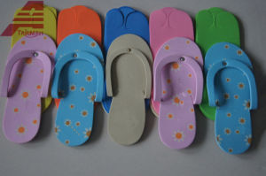 Cheap Stock EVA Disposable Slippers Indoor Fashion Hotel Slippers pictures & photos