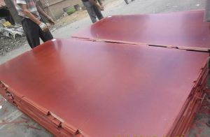 Red Film Faced Plywood for Construction/Hdo pictures & photos