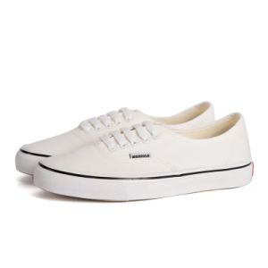 14b6031920f93 China Hot Sale Canvas White Shoes Women with Low Cut - China Canvas Shoes,  Wholesale Canvas Shoes