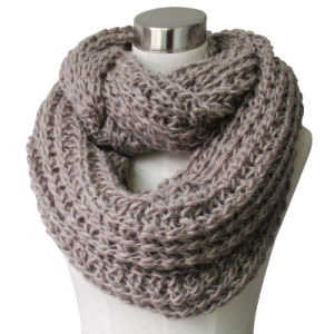 Lady Fashion Acrylic Knitted Chunky Infinity Winter Scarf (YKY4376-4) pictures & photos