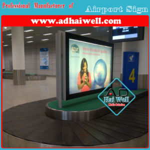 High Quality Scrolling LED Light Box in Airport pictures & photos