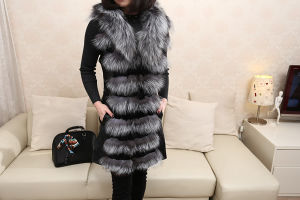 f292bc5ed China Fur Factory Real Silver Fox Fur Coat with Rabbit Skin Long with  Sleeveless Gxk001 - China Fur Coat, Fox Fur Coat