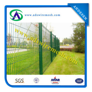 "Cheap Vinyl Coated Welded Fence / PVC White 3D Wire Mesh Fencing / 2"" X 4"" Welded Wire Fence pictures & photos"