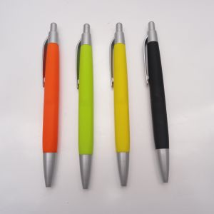 High Quality Plastic Ball Pen, Rubber Grip Ball Pen pictures & photos