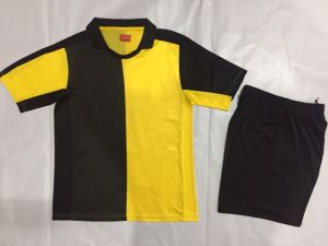 Wholesale Men Fashion Football Uniforms Soccer Jerseys pictures & photos