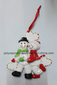 Polyresin Personalized Christmas Ornaments of Love Couple pictures & photos