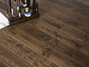 Distressed Engineered Oak Wood Floor