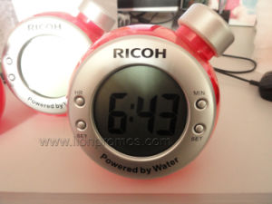 Novelty Gift Carbon Zero Eco Friendly Water Power Desk Clock pictures & photos