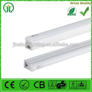 Hot Sale LED Tube Light T5/T8 9W16W18W22W24W26W 600mm 1200mm pictures & photos