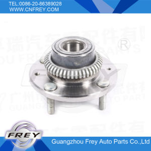 Auto Parts Wheel Hub Bearing 30819062 for Volvo S40 V40 pictures & photos