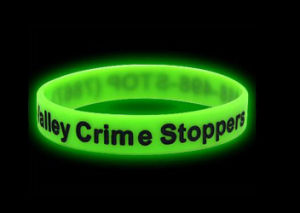 Green Sport Luminous Silicone Glow in Dark Bracelet pictures & photos