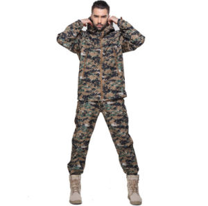 Factory Outdoor Windproof Water Proof Function High Quality Army Camouflage Men′s Jacket of Suit