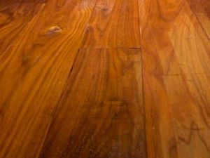 Prefinished American Walnut Yellow Brown Color Solid Wood Flooring