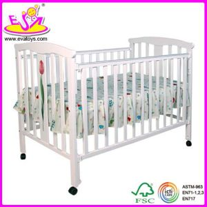 Baby Crib Made of Solid Wood (WJ278334) pictures & photos