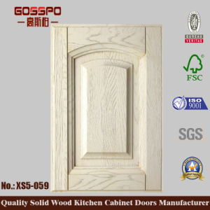 White Paint Decorative Wooden Kitchen Cabinet Door (GSP5-028) pictures & photos