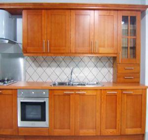 Pole Classic Oak Solid Wood Kitchen Cabinets